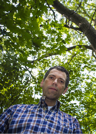 Meet the man on a mission to map Toronto's oldest trees